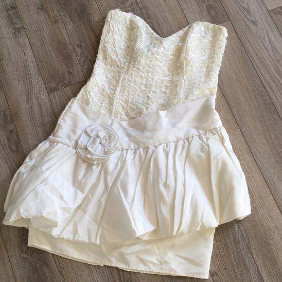 Vintage Gunne Sax White Prom Dress Size 910   Poshmark